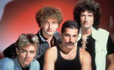 Группа Queen лечит поклонников своими песнями