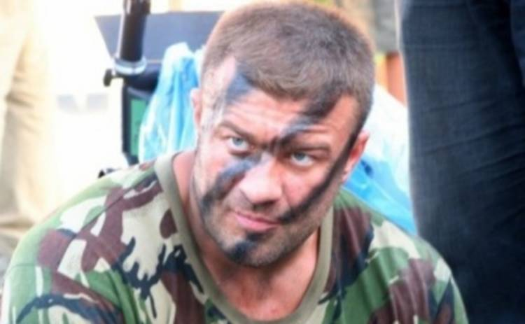 Михаил Пореченков готов стать на колени перед журналистами