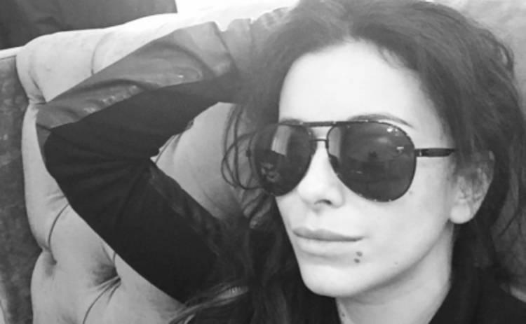 Ани Лорак теперь живет в аэропорту (ФОТО)