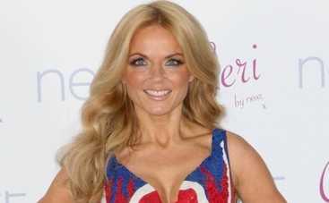Экс-солистка группы Spice Girls обручилась с руководителем Формулы-1