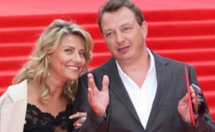 Жена Марата Башарова рассказала шокирующие подробности о жизни с супругом