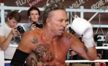 Микки Рурк выйдет на ринг в Москве