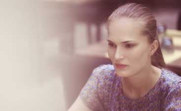 Супермодель по-украински: Алла Костромичева покорила Эйфелеву башню заводными танцами