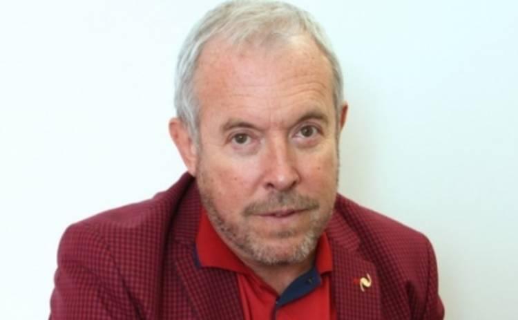 Андрей Макаревич попустил учредителей благотворительного фонда