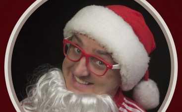 Дядя Жора стал Санта Клаусом и завел сексуальных снегурочек