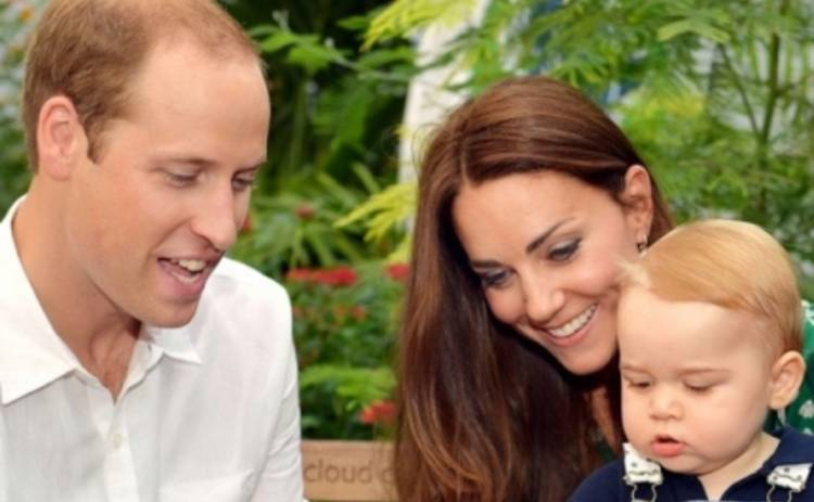 Кейт Миддлтон и принц Уильям подарили фотографии принца Георга (ФОТО)