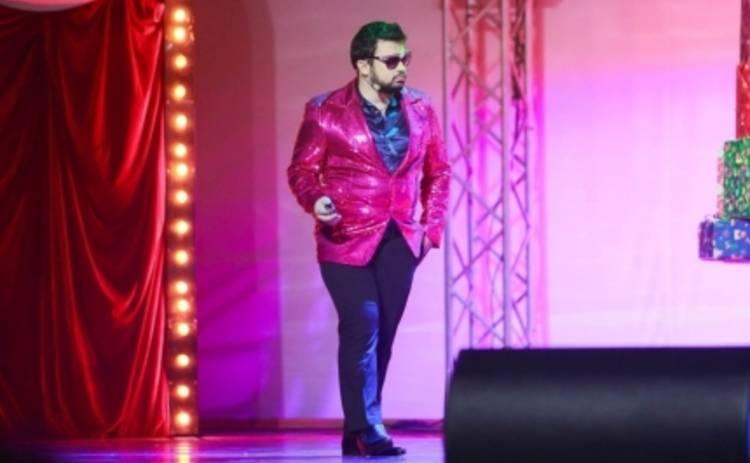 Мамахохотала шоу: Эмзар Квициния спел песню про Януковича (ВИДЕО)