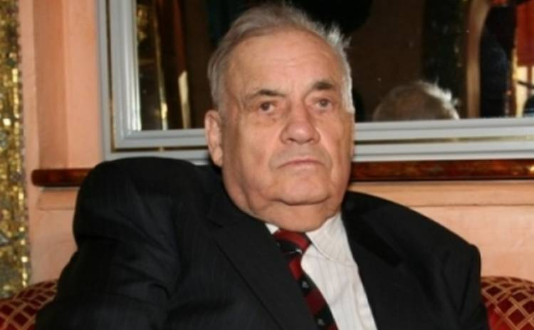 К Эльдару Рязанову не пускают родственников