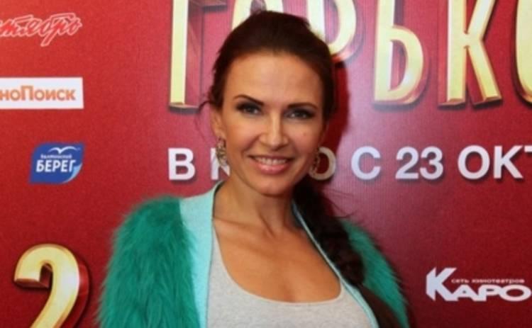 Эвелина Бледанс засветилась в компании голых братьев Прохора Шаляпина (ФОТО)