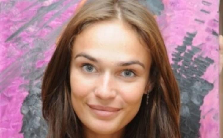 Алена Водонаева подружилась с божьей коровкой