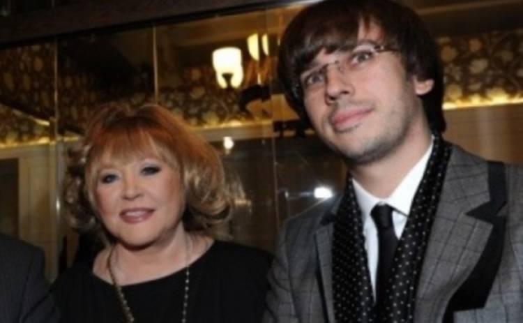 Алла Пугачева И Максим Галкин отменили празднование годовщины из-за болезни сына