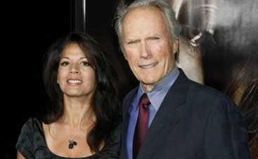 Клинт Иствуд развелся с супругой