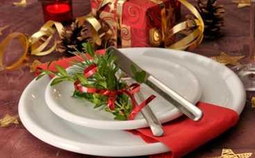 Новый год 2015: украшаем стол к достатку в доме