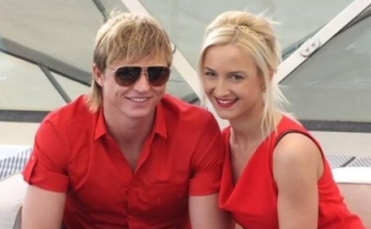 Ольга Бузова опубликовала откровенный снимок с мужем (ФОТО)