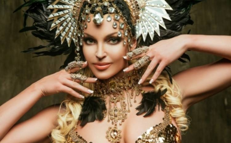 Анастасия Волочкова станцевала с трансвеститами (ФОТО)