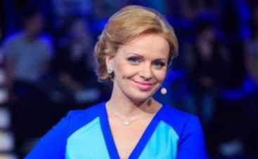 Ирма Витовская научила детей из зоны АТО делать куклы-мотанки (ВИДЕО)