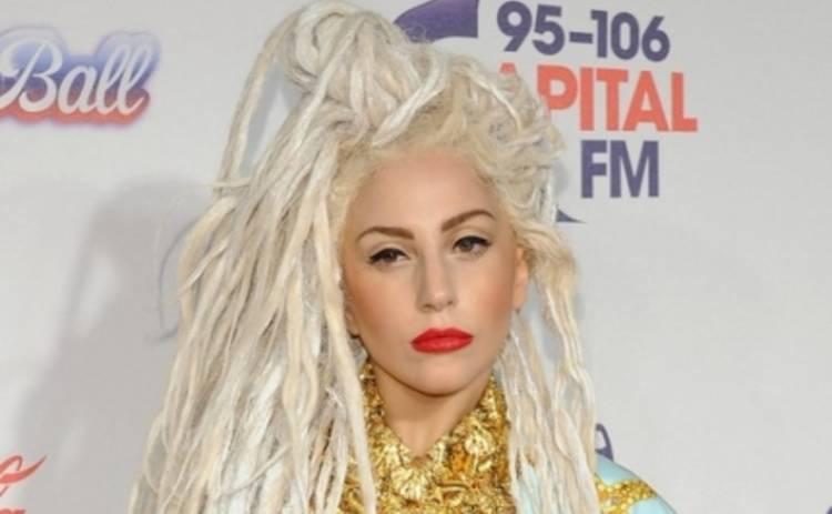 Леди Гага развела Адель на дуэт