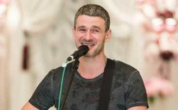 Арсен Мирзоян устроит ночной тур по Украине