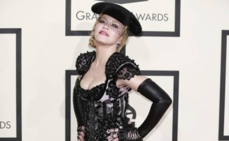 Мадонна презентовала Living for Love на церемонии Грэмми 2015 (ВИДЕО)
