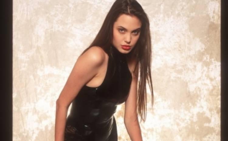 Анджелина Джоли в 16 лет – фотосессия почти 25-летней давности (ФОТО)