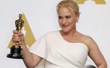 Патриция Аркетт использовала своего Оскара для борьбы