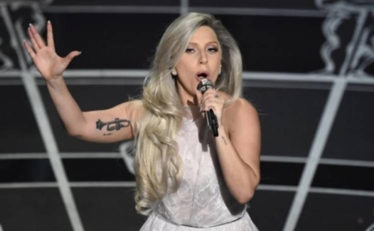 Кристи Кейпел извинилась за расистский комментарий к песне Леди Гаги