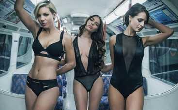 В лондонское метро запустили полуголых красоток (ФОТО)