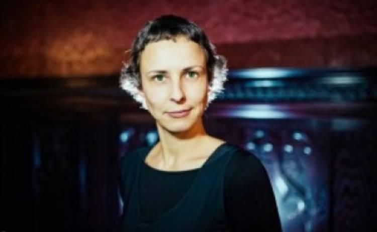 Юлия Чичерина снова дала концерт в Луганске