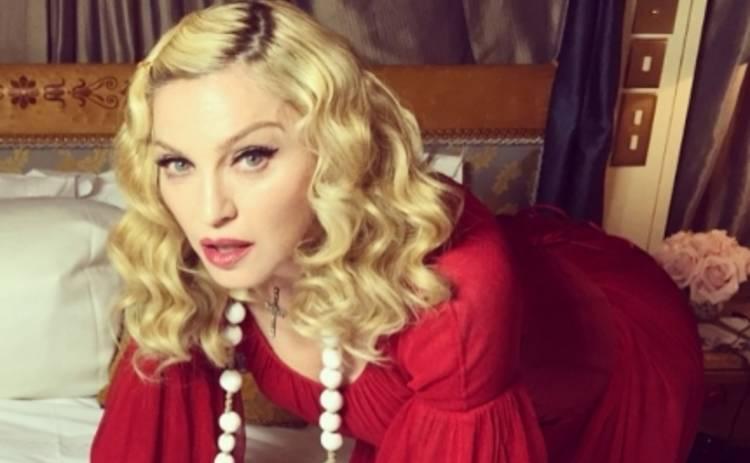 Мадонна хочет секса от мужчин с нетрадиционной ориентацией