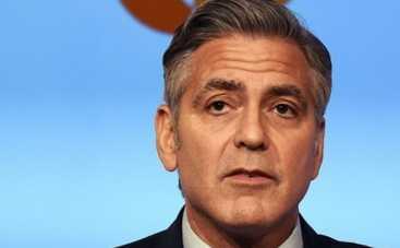 Джордж Клуни снялся в фильме, где показали украинский Майдан (ВИДЕО)