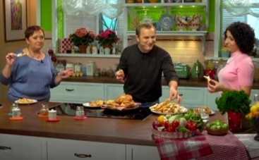 Все буде смачно: Алла Ковальчук научит печь плюшки и хворост Андрея Пономаренко (ВИДЕО)