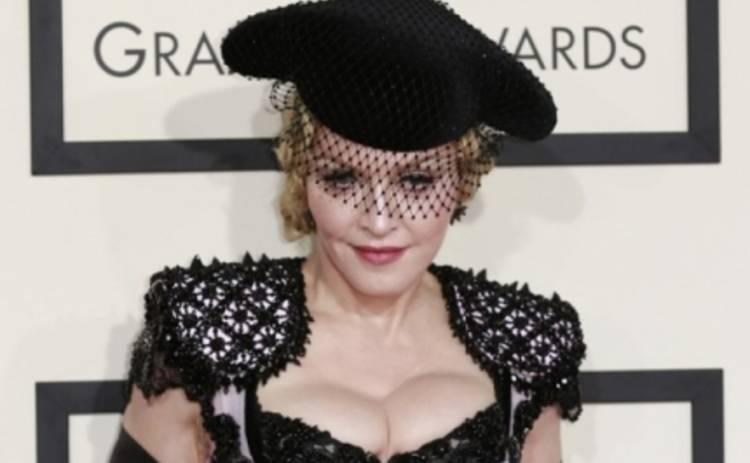 Мадонна рассекретила 25 фактов о себе: ее пугают ступни