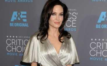 Анджелина Джоли стала любимой злюкой детишек (ФОТО)