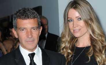 Антонио Бандерас представил семье свою возлюбленную