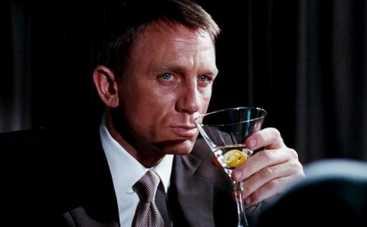 Джеймс Бонд довел съемочную группу до пьяного дебоша