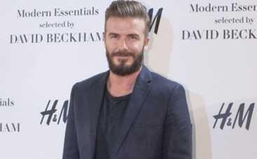 Дэвид Бекхэм снялся в рекламе белья с полуобнаженным мужчиной (ВИДЕО)