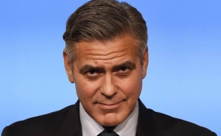 Джордж Клуни запугал соседей штрафами