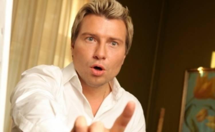 Николай Басков превратился в Фантомаса (ФОТО)