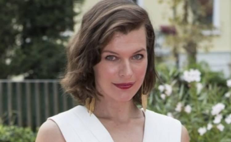 Мила Йовович показала новые фото дочери (ФОТО)