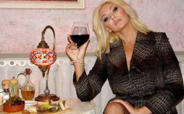 Светлана Вольнова призвала грызть сахар и запивать йодом