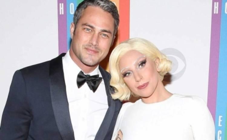 Леди Гага отказывается от фамилии отца