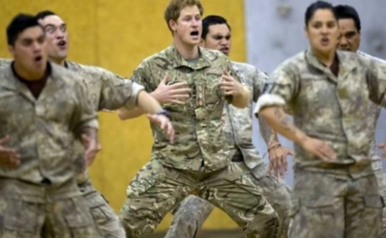 Принц Гарри исполнил боевой танец аборигенов