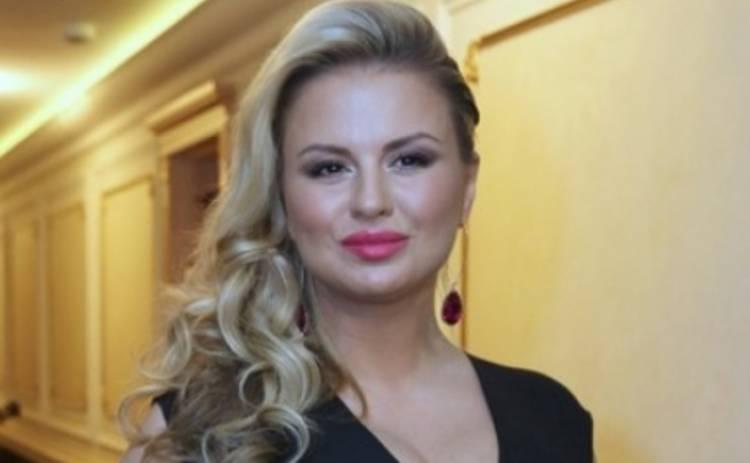 Премия RU.TV 2015: цыганочка с выходом от Анны Семенович (ФОТО)