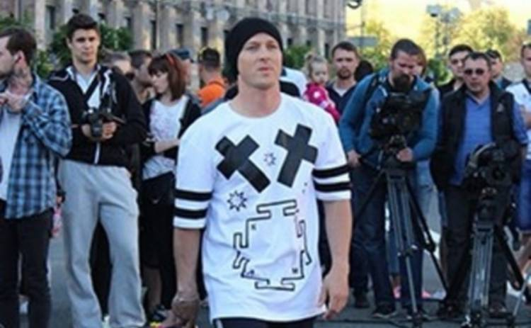Супермодель по-украински 2: Александр Педан устроил на Майдане танцевальный баттл