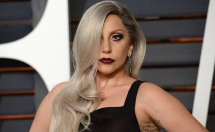 Леди Гага обратилась к Вере ради платья