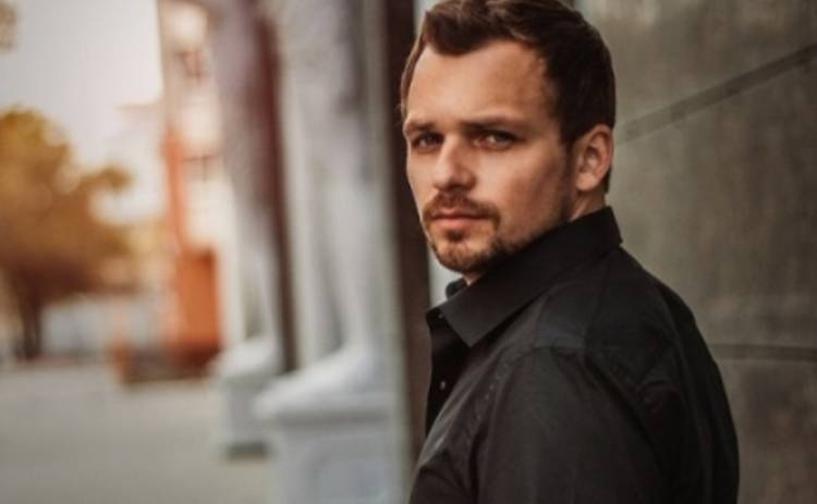 Алексей Янин перенес сложную операцию