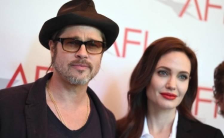 Анджелина Джоли и Брэд Питт будут черпать нефть из океана (ФОТО)