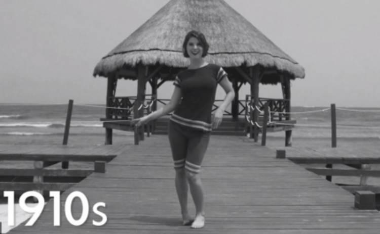 Женские купальники: вся история бикини в одном видео