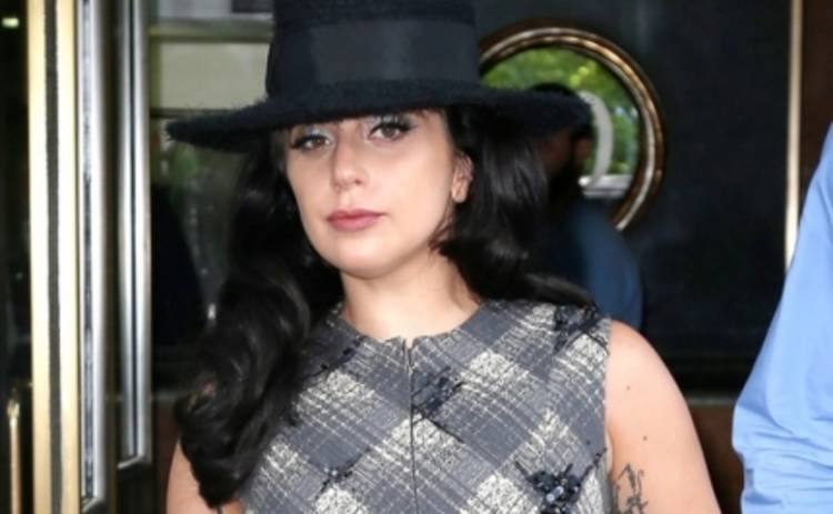 Леди Гага станет кутюрье для собак (ФОТО)