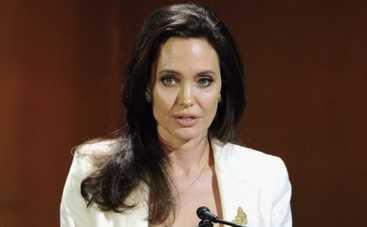 Анджелина Джоли: о чем хотела бы умолчать сорокалетняя красавица